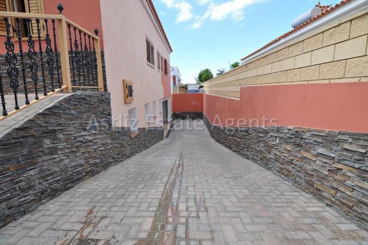 Calle Leonardo Torriani - Playa de la Arena -
