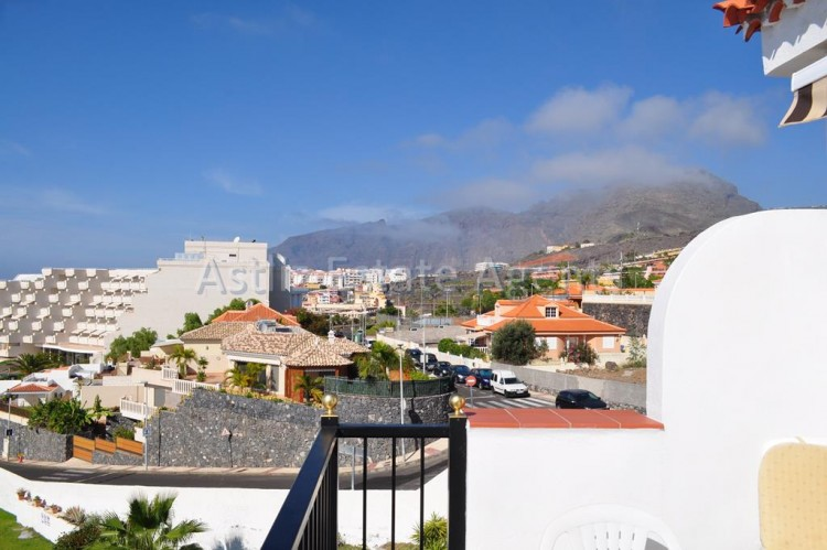 Calle Las Arenas - Playa de la Arena -