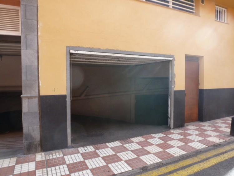 Calle Los Angeles - Puerto de Santiago -