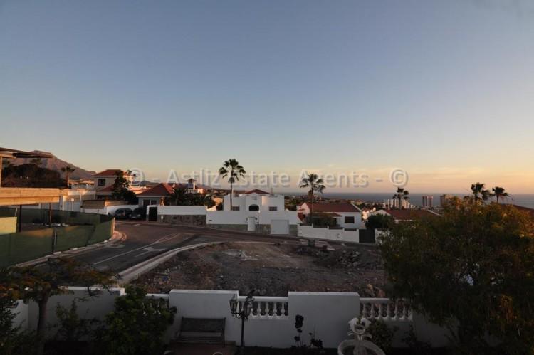 Calle El Picon - Callao Salvaje -