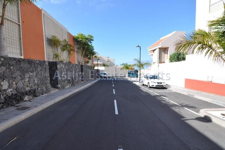Calle Alcalde Pedro Acevedo Bisshop - Puerto De Santiago -