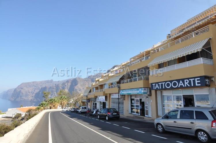 Avenida Jose Gonzalez Forte - Los Gigantes -