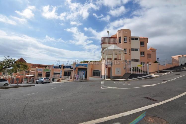 Avenida El Madroñal -  San Eugenio Alto -