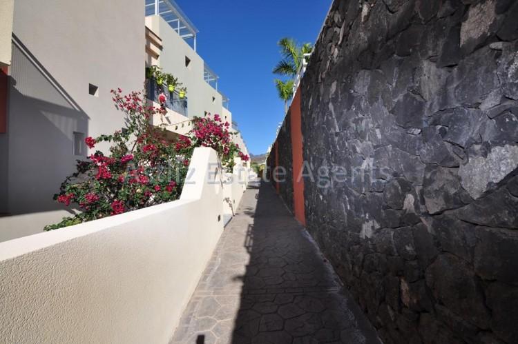 Calle Alcalde Pedro Acevedo Bisshopp - Puerto de Santiago -