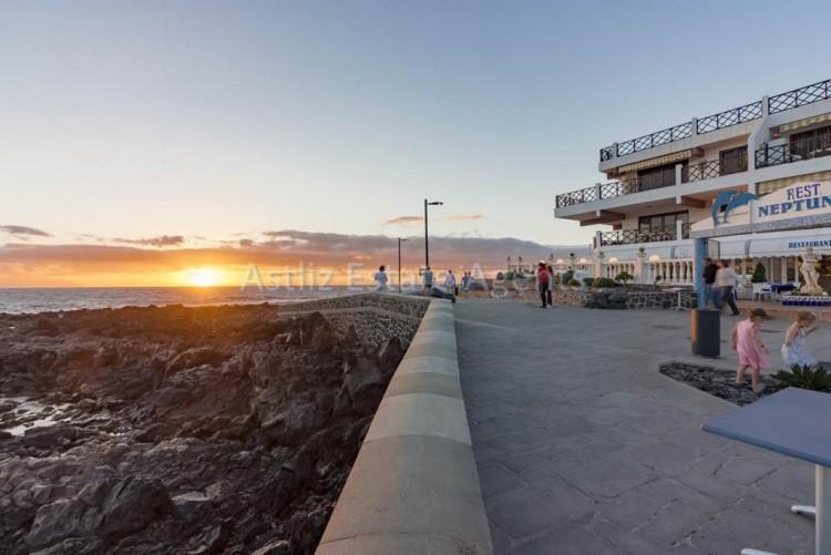 Avd. Martima Puerto de Santiago - Puerto de Santiago -