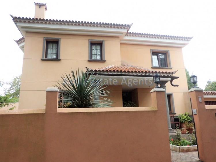 Calle Las LLaves - Tacoronte -
