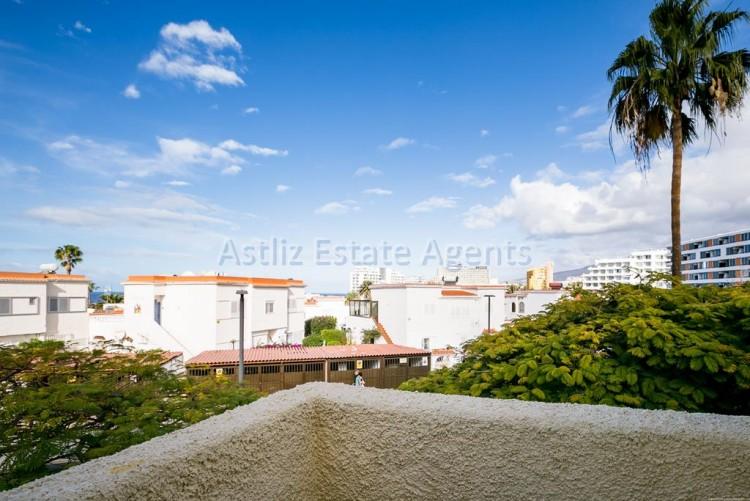 Calle Venezuela - Playa De Las Americas -