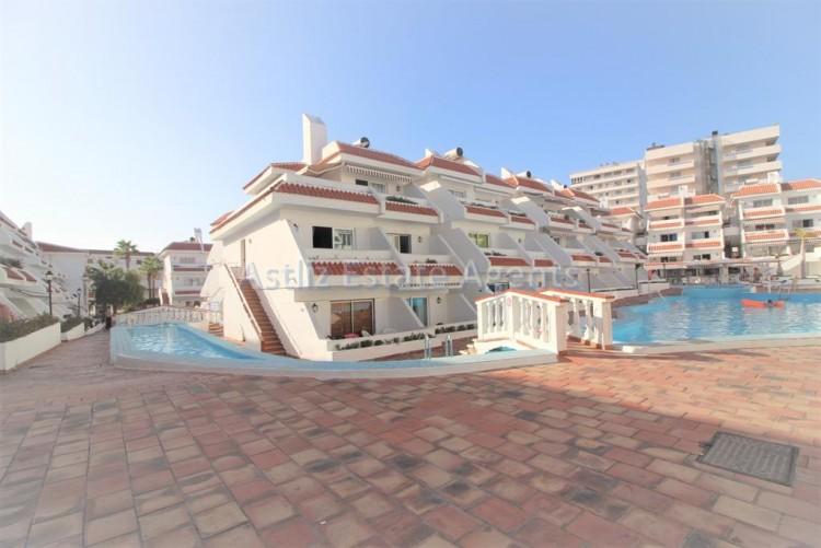 Avenida Arquitecto Gomez Cuesta - Playa De Las Americas -