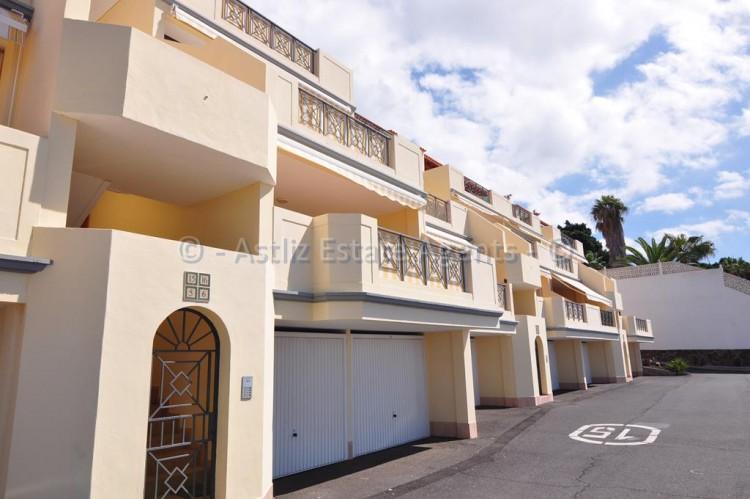 Calle Santa Barbara - Puerto de Santiago -