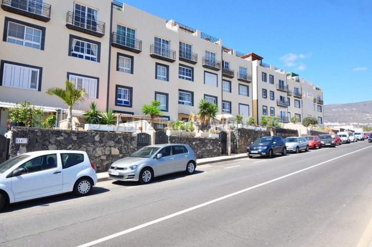 Calle la Tosca - Callao Salvaje -