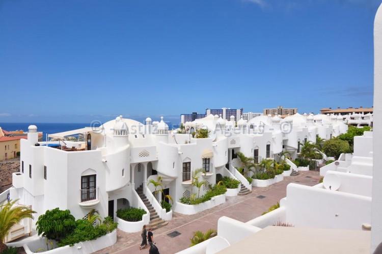 Av. Adeje 300 - Playa Paraiso -