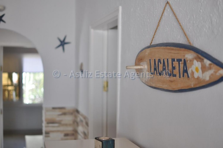 Avd. Eugenio Dominguez Alfonso 2 - Playa de Las Americas -