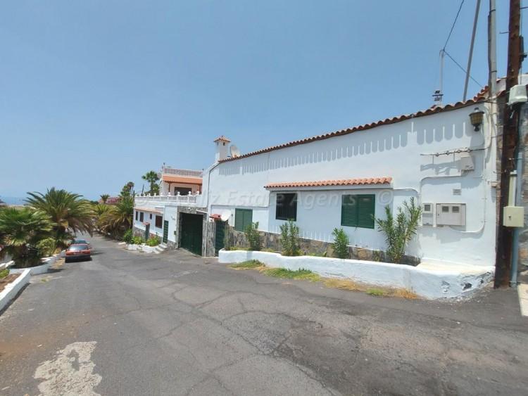 Ctra. A Alcala - Puerto de Santiago -